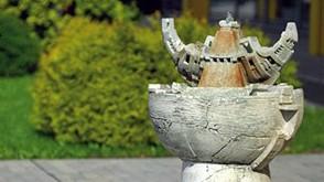 Šamotinis fontanas Laivas